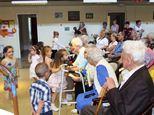 Látogatás a nyugdíjasházban Anyák napján