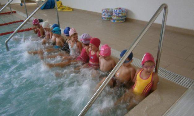 Úszásoktatás az óvodában