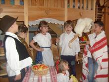 Kecskealakoskodó – Farsangi népi játék