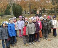 Őszi színek megfigyelése az óvodásokkal